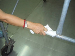 所用工具於施工清潔前,先行清潔擦拭