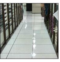 辦公室導靜電高架地板清潔上臘成品