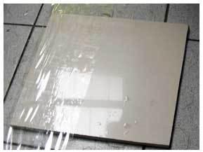 拋光磚淨化打磨完成後準備進行石材晶化處理