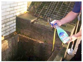 清理完成後噴灑生菌分解有機質並消除臭味