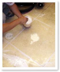 使用晶化粉劑進行大理石地板的晶化